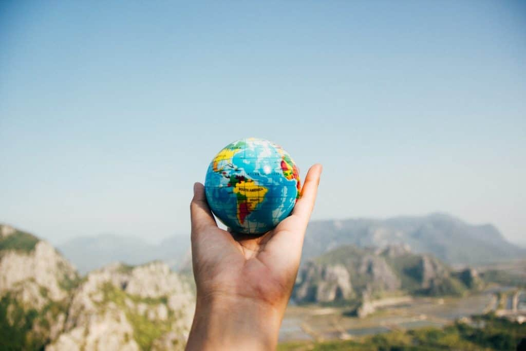 5 THINGS TO CONSIDER BEFORE FINALIZING TRAVEL DESTINATION
